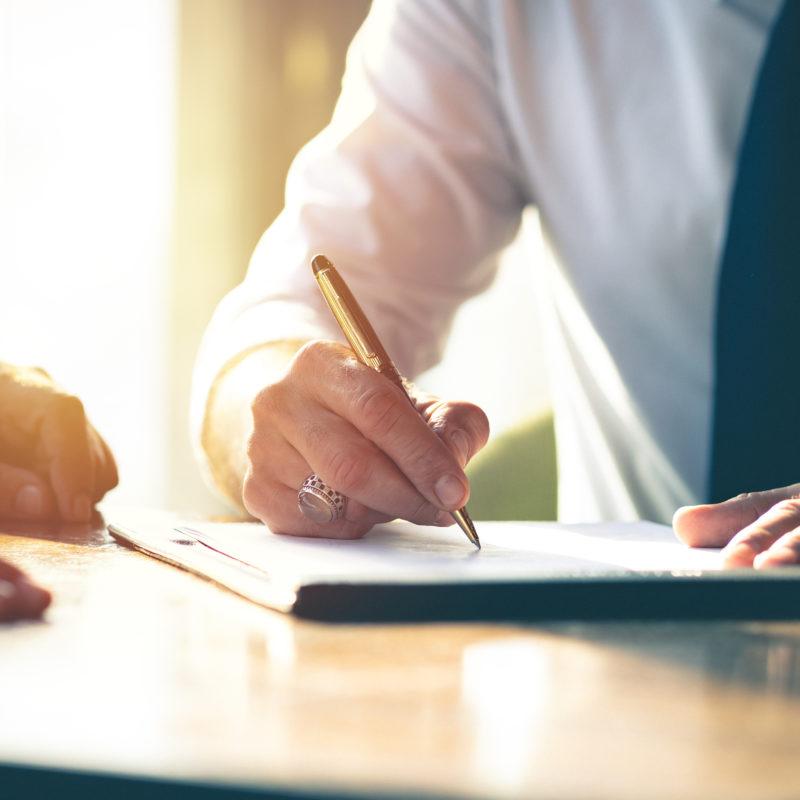 Art. 119, comma 4, T.u.l.b. – sui limiti della richiesta alla banca della documentazione contrattuale e contabile